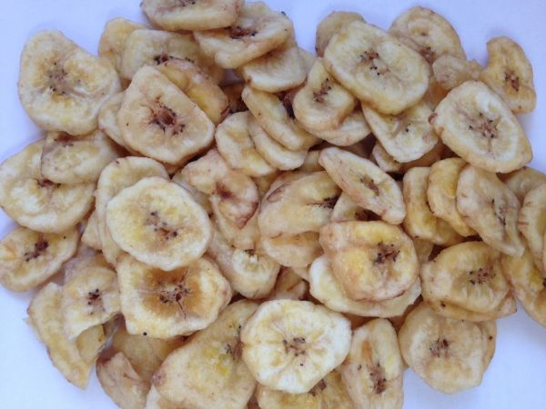 Bananenchips gesüßt